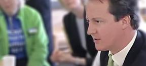 Cameron backs Obama's warning to Syria
