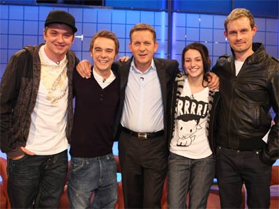Jeremy kyle celebrates 1,000th show with special guests from corrie