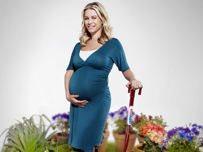 Pregnant denise van outen plays mother earth for climate change