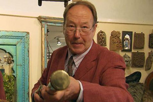 Bargain hunt antiques expert David Barby given a tribute following his death
