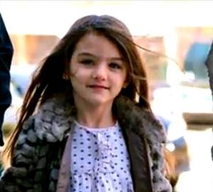 Katie Holmes Gets Sole Custody of Suri After A Closed-Door Divorce