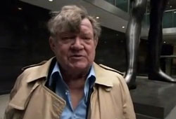Robert Hughes dies at 74 after an illness