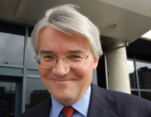 Chief Whip Andrew Mitchell apologises to police following outburst