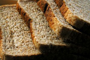 """Scientists dispel """"bread is bad for health"""" myths"""