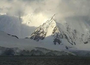 Part of Antarctica named after Queen as Diamond Jubilee gift