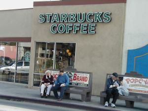 Starbucks pressured by the public to start paying taxes