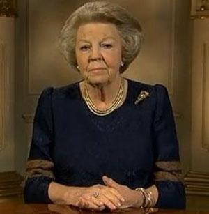 Queen Beatrix abdicates the throne