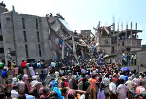 Rana Plaza collapse kills more than 700
