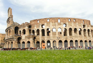 Travel to Italy: experience its arts, culture & food