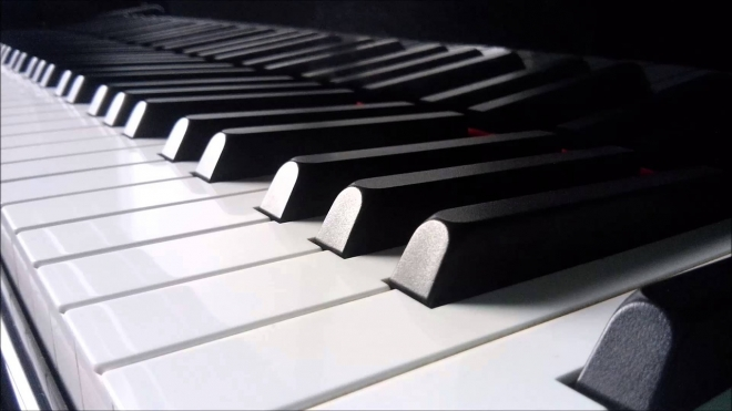 Old or New Piano - Which Side are You On?