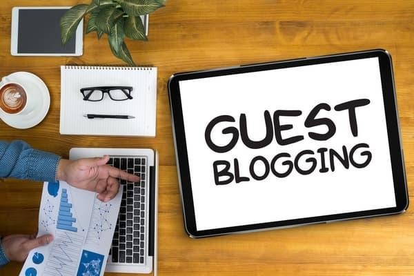Make Your online Audience Soar with Guest Posts