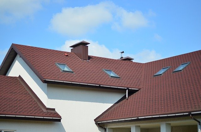 What You Need to Know about Roof Repairs & Roof Replacements after Damage from Hail, Wind & Storms