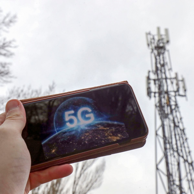Wirral Approves Two 5G Masts