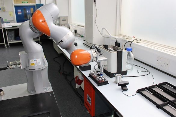 Liverpool Mobile Robot Scientist