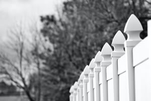 4 Reasons to Choose Aluminum Residential Fencing