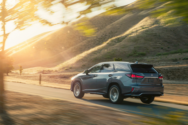 Five Reasons your next SUV should be a Hybrid