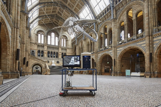 Electron Microscopes Used by London School