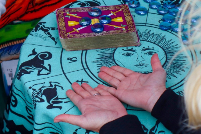 A Brief Guide to Palmistry